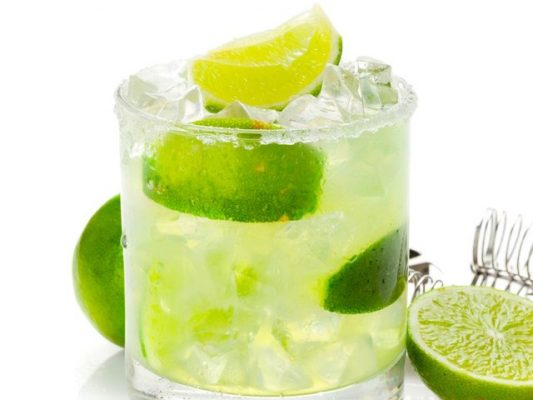 4_tasty_tequila_drinks_you_need_to_try_n_0_42808713_ver1-0_640_480