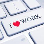 Khi công việc là thú vui thì cuộc sống là sự hưởng thụ bất tận. Còn nếu công việc là nghĩa vụ thì cuộc sống sẽ là nô dịch, khổ sai.