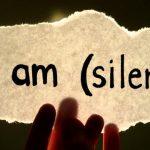 """Trình bày suy nghĩ của anh/chị về ý kiến sau: """"Trong thế giới này, chúng ta xót xa không chỉ vì lời nói và hành động của những kẻ xấu mà còn vì sự im lặng đáng sợ của người tốt""""."""